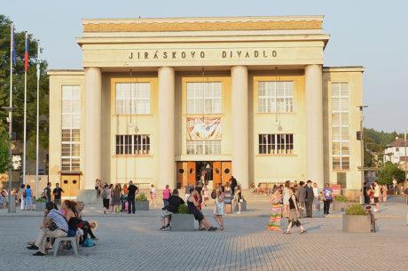 Jiráskovo divadlo v Hronově opět na deset dnů ožije. FOTO archiv JH