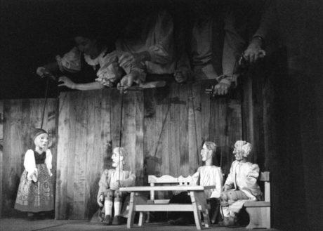 Jeminkote, Psohlavci v Divadle Alfa Plzeň (režie Tomáš Dvořák, premiéra 11.10.1999) FOTO ARCHIV DIVADLA