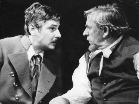 S Jozefem Krónerem (Orgon) v roli Valéra v inscenaci SND Tartuffe (1979). FOTO archiv SND