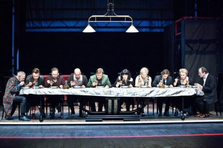 Thomas Bernhard: Mýcení (r. Krystian Lupa, Teatr Polski Wroclaw, prem. 23. 10. 2014 na scéně Jerzyho Grzegorzewského). FOTO NATALIA KABANOW