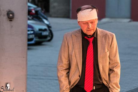 Zdeněk Černín vytvářel Gilla jako intelektuála s úspornou mimikou ve tváři a s filigránskými pohyby dlaní i prstů. FOTO archiv Dvorního divadla Hlohovec