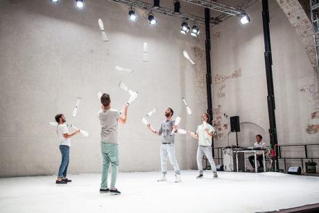 """Nádherné, výtvarně, pohybově i zvukově """"čisté"""" představení. FOTO archiv"""