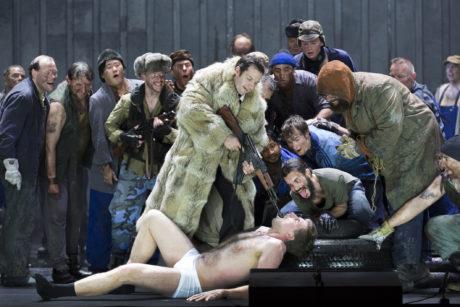 Marcell Bakonyi, Kay Stiefermann, Chor des Staatstheater Nürnberg. FOTO LUDWIG OLAH