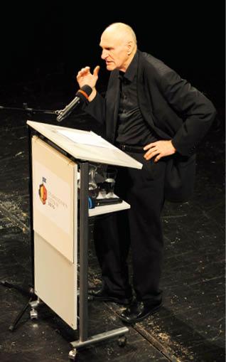 Martin Hilský zahajuje projekt  Shakesperae Ostrava 2016  Foto Vojtěch Žižka