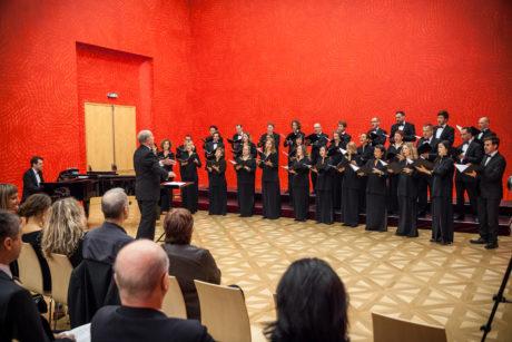Arnold Schoenberg Chor Foto (c) Janáčkova opera NdB / Jakub Jíra