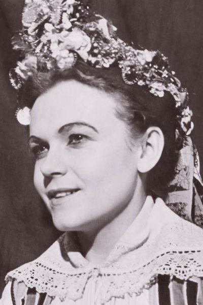 Milada Matuchová v počátcích působení ve VD (J. Gregor – Tajovský: Ženský zákon, 1955)