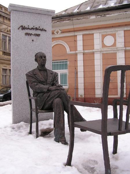 Socha Sándora Máraiho v Košicích- FOTO Wikipedie