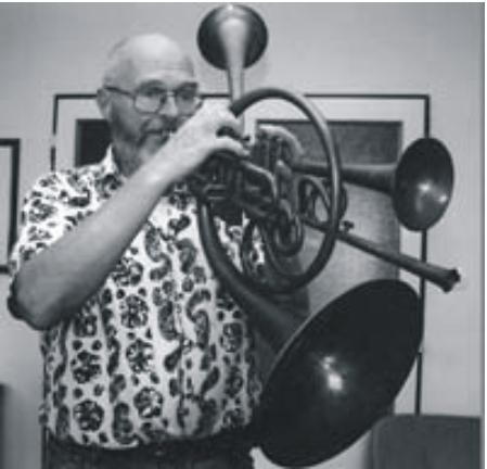 Jaromír Hnilička a jeho hnilofon. FOTO archiv